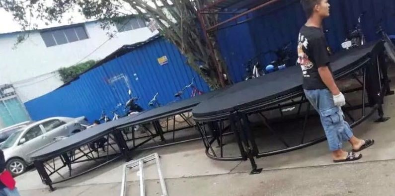 Outdoor diy stage